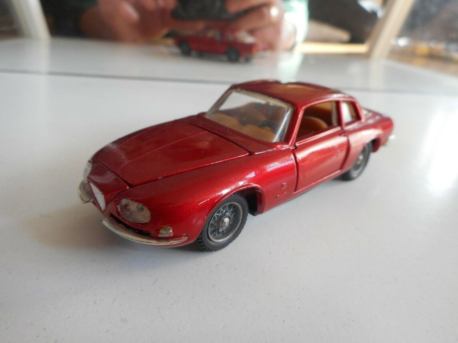 Politoys M Alfa Romeo 2600 SZ in rouge on 1 43