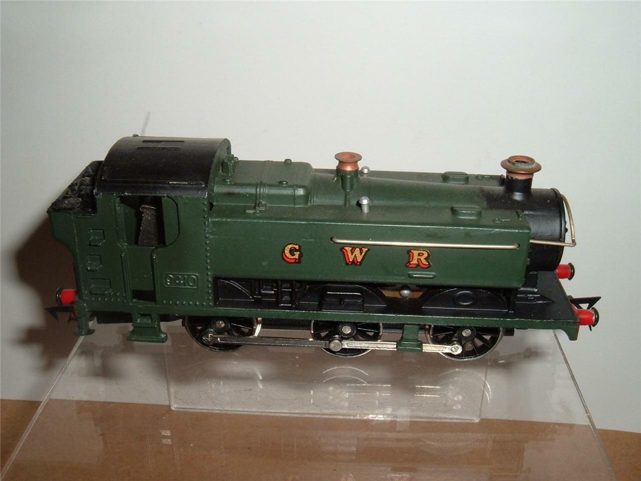 GRAHAM FARISH 0-6-0 PANNIER TANK LOCOMTIVE WORKING WITH ITS ORIGINAL BOX C PICS