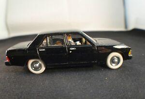 Norev-Peugeot-604-transformation-cortege-presidentiel-1-43-belle-realisation