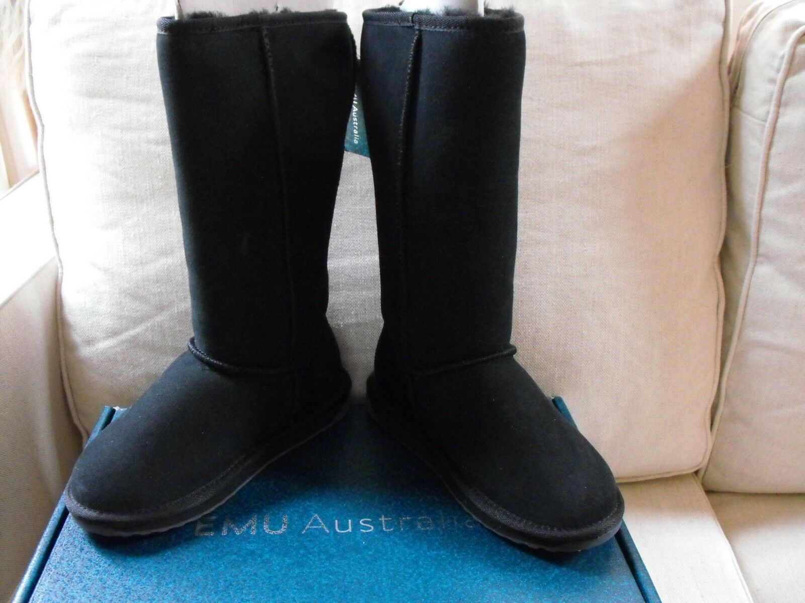 NEW EMU Australia Womens Stinger Hi Winter Sheepskin Snow Boots SZ 5