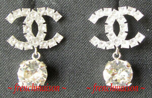 AUTHENTIC-CHANEL-CC-Logo-Crystal-Earrings-Silver-Drop-Sparkle-NWT-SOLD-OUT-2019