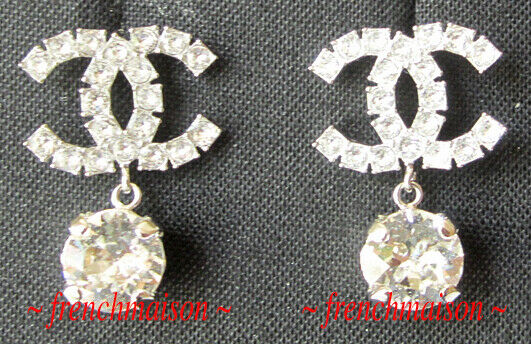 AUTHENTIC CHANEL CC Logo Crystal Earrings Silver Drop Sparkle NWT SOLD-OUT 2019