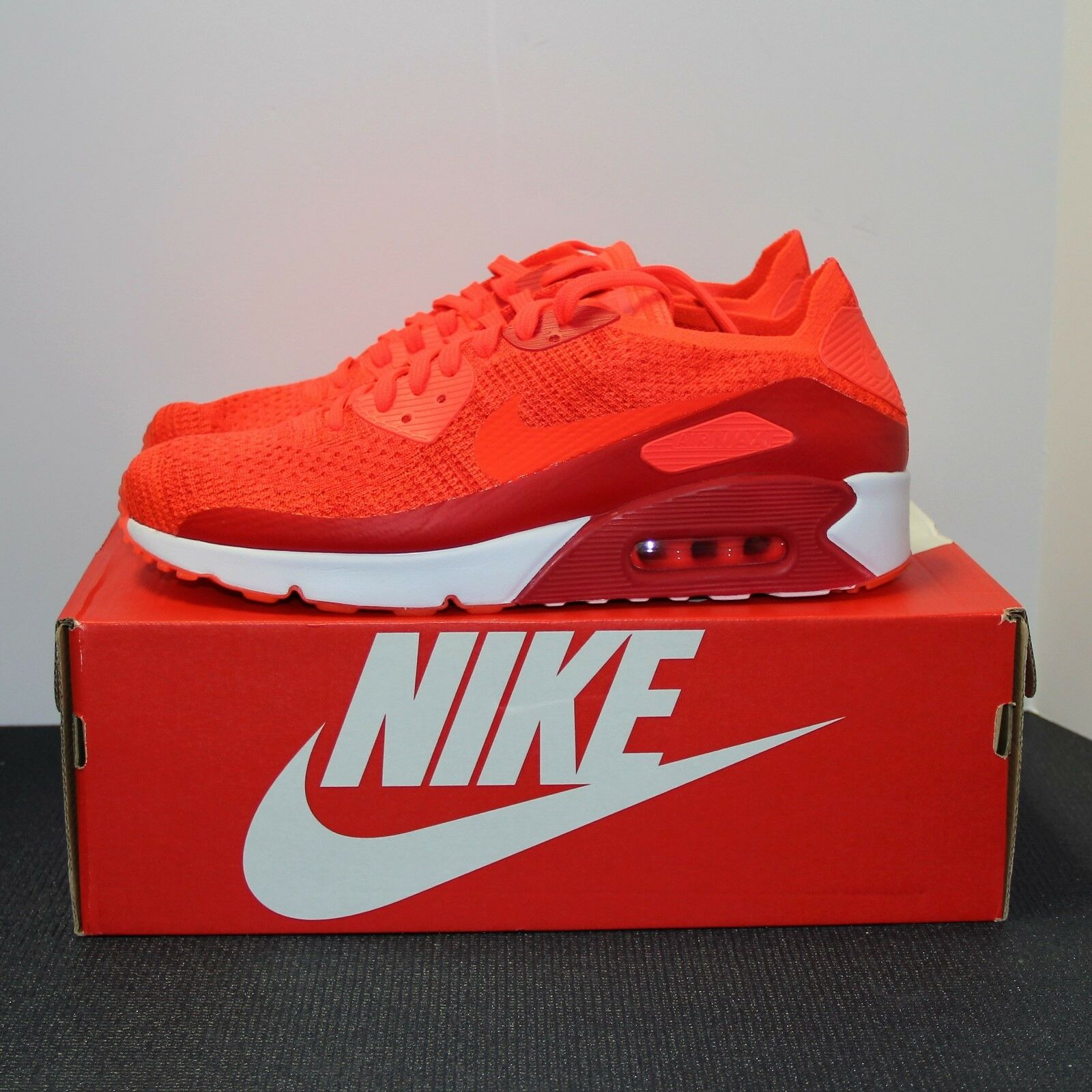 Nike Air Max 90 Ultra 2.0 Flyknit Bright Crimson Men's Size 10.5 Sneakers