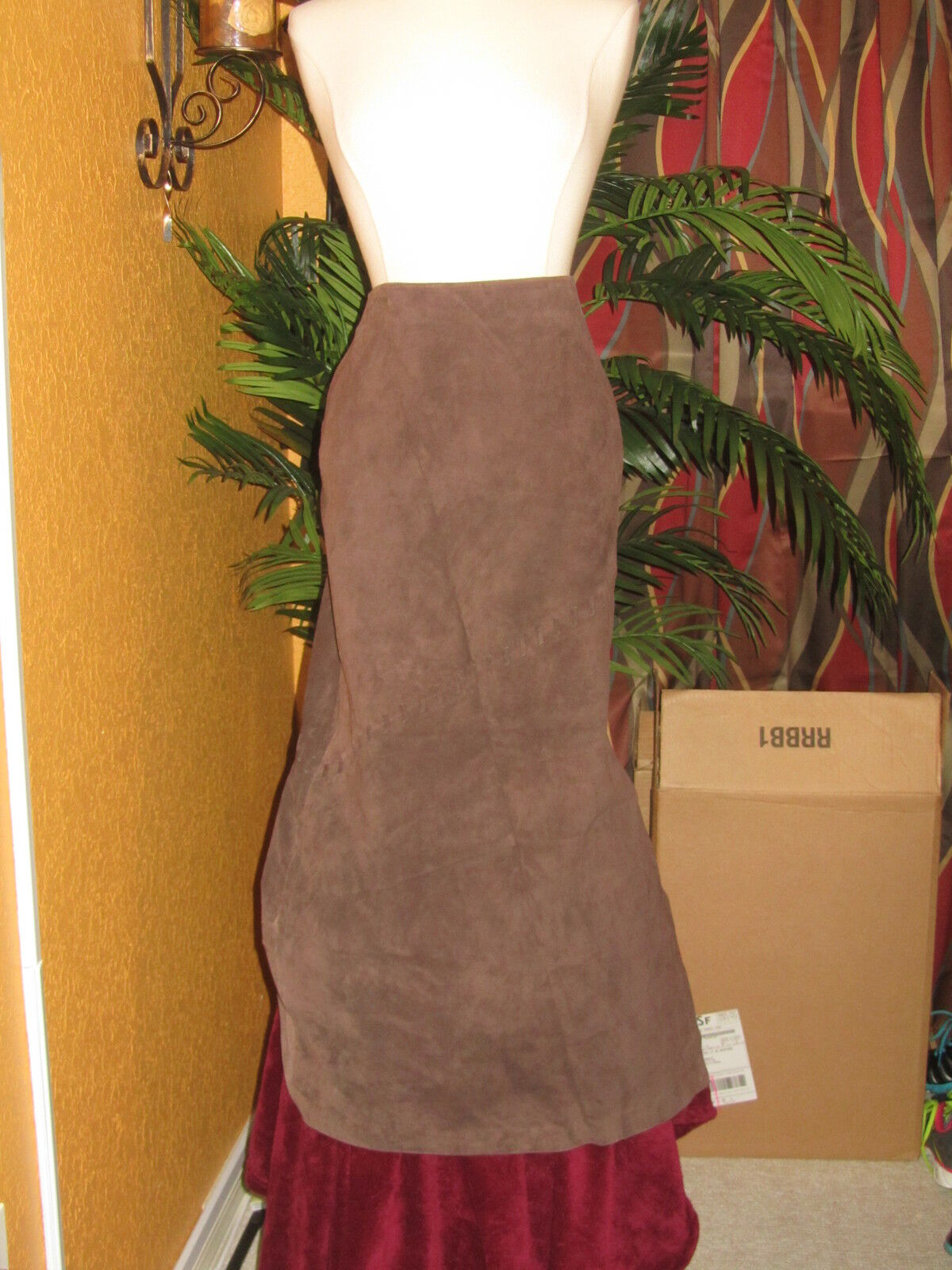 AUGUST SILK LOGIC 8 NWOT women's suede skirt long chocolate brown lined