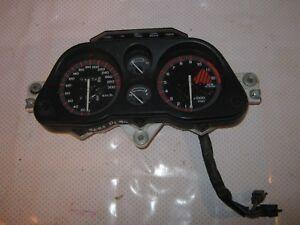 Honda-CBR-1000-F-SC21-Tacho-cocpitt
