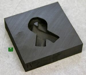 Awareness-Ribbon-Push-Mold-2x2-Graphite-Glass-Lampwork