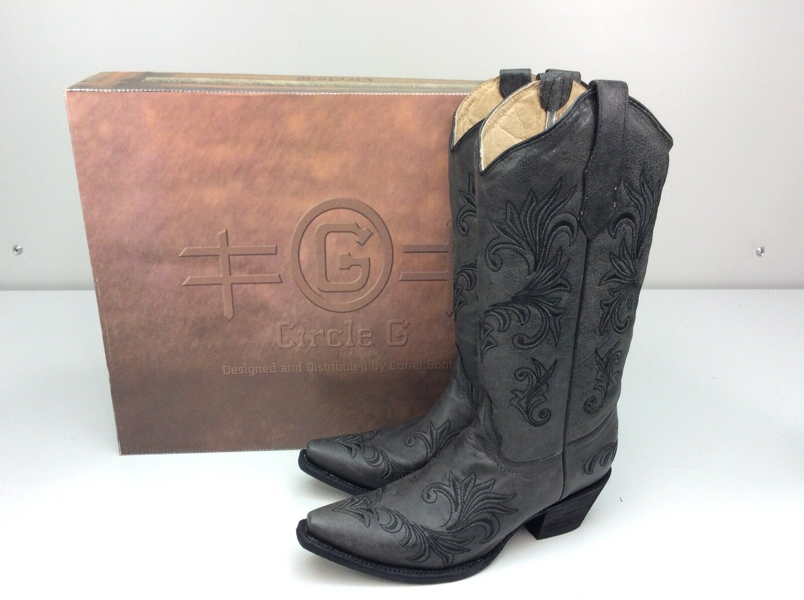 dc9466c7e7c Corral Circle G Women's Filagree Embroidered Cowgirl Boot Snip Toe Black 8 M
