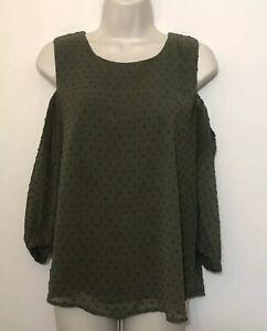 Sweet Wanderer Medium Blouse Olive Green Textured 3/4  Sleeve Cold Shoulder Top