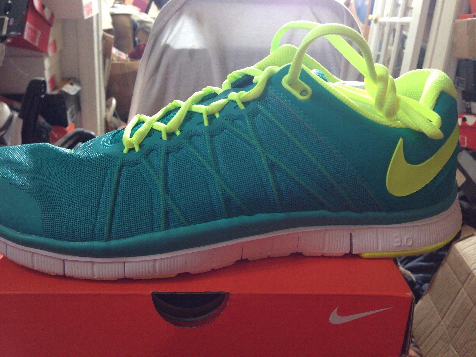 Nike libera trainer 3.0 turbo / verde / bianco / turbo volt bnib dimensioni 11,5 211312