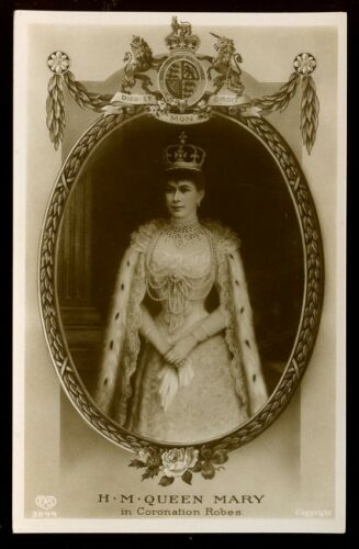 Royalty HRH QUEEN MARY in Coronation Robes early RP PPC