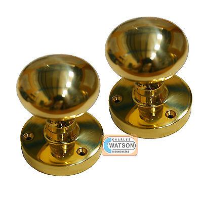 Ovale à mortaise boutons en laiton poli