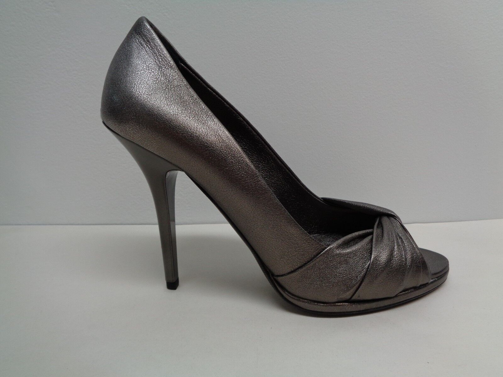 Burberry Size 9.5 Eur 39.5 Dark Nickel Leather Pumps Heels New Womens Shoes