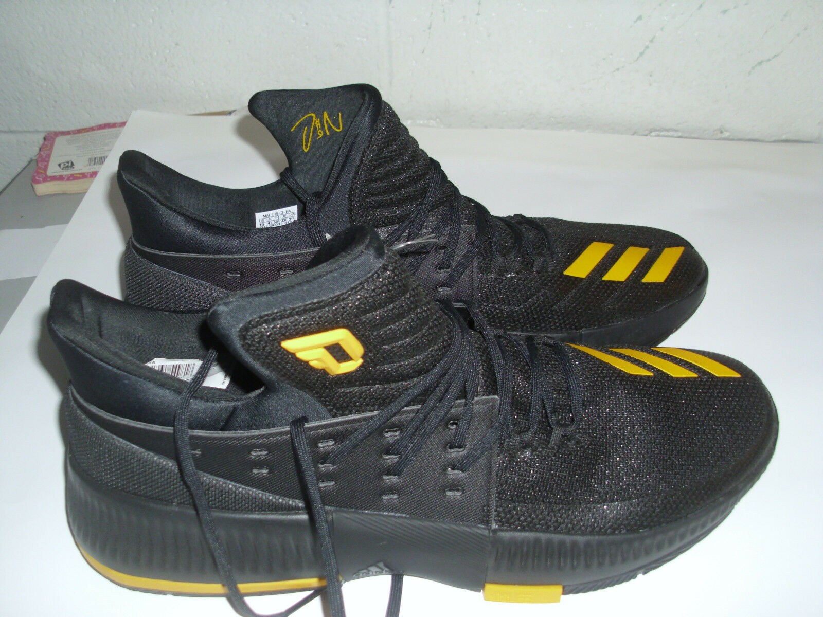 size 40 d9cfb 71c9c ... greece nuevo basketball adidas damian lillard hombre basketball nuevo  zapatos negro oro tamaño 15 2f13e5 ba2b6 ...