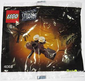 2001-LEGO-Studios-4068-Handy-Camera-Jurassic-Park-III-Promo-New-Sealed