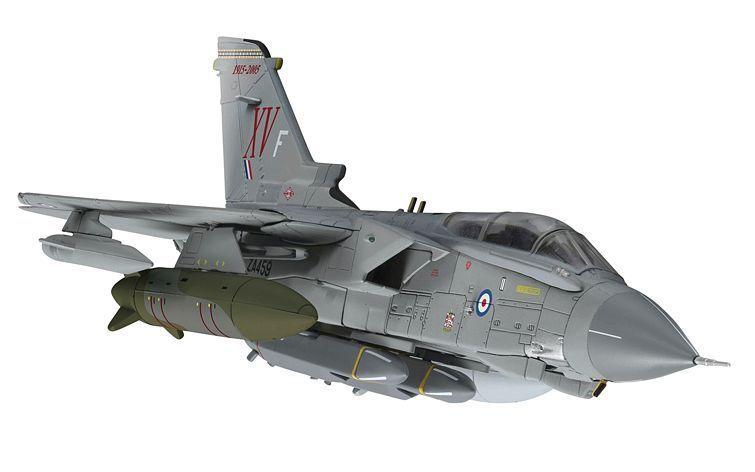 CORGI Panavia Tornado GR.4, 'MacRoberts Reply', RAF No.15 Squadron, AA33618