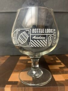 Bottle-Logic-Brewing-16-Ounce-Official-Tasting-Room-Glass