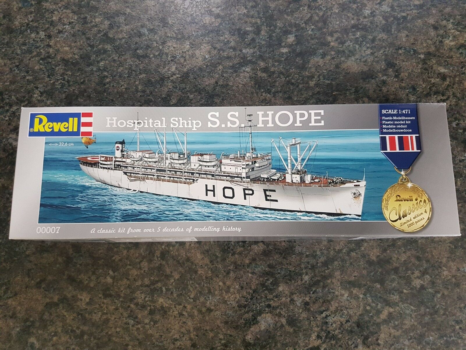 Revell Classics 1 471 Hospital Ship S.S Hope Great Condition Very Rare