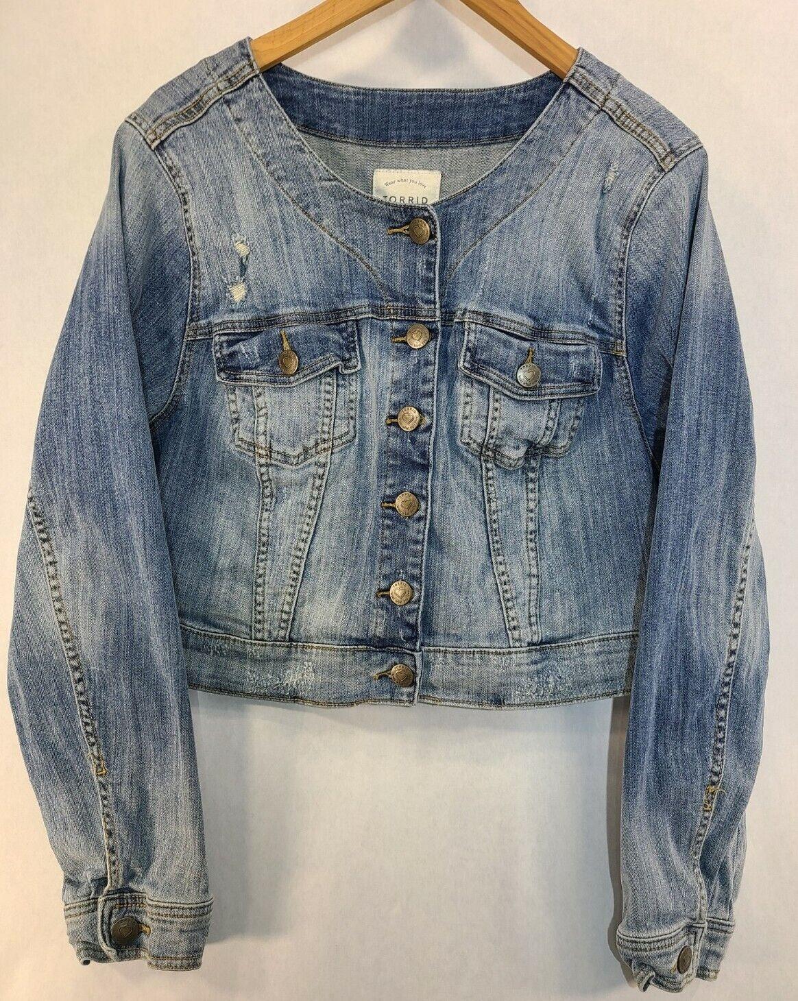 Torrid 2 18 20 Jacket Denim Jean Cropped Light Wash Long Sleeve Button Distress