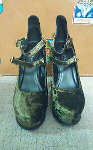 Messeca-Sophie-Olive-Velvet-Shoes-Size-8-5