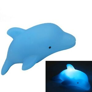 Baby-Kids-Bath-Toy-LED-Flashing-Dolphin-Light-Lamp