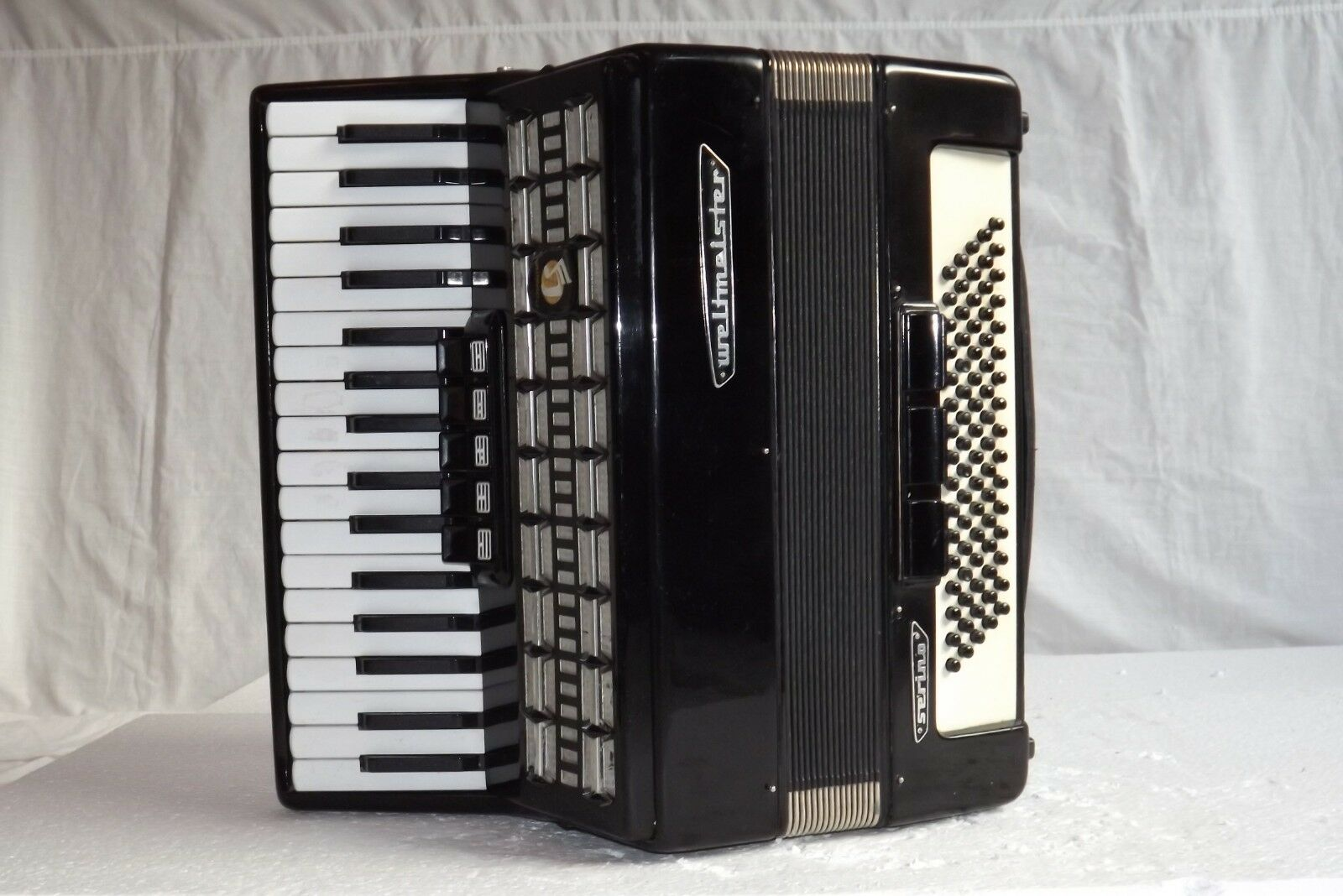 Klavier Akkordeon akkordeon WELTMEISTER SERINO 80 Bass