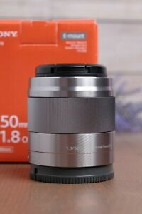 Sony SEL 50mm f/1.8 Lens OSS E-Mount - Silver (SEL50F18) with Caps and Box