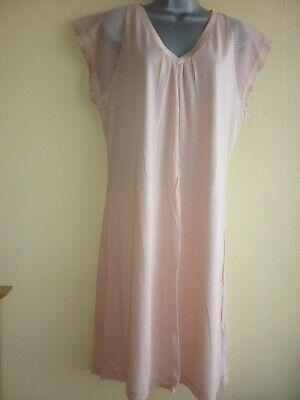 UK 18 BNWT Cerise lace trim nightdress by La Perla in size IT 5
