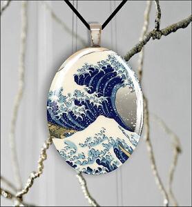 SEA-WAVE-ASIAN-STYLE-KANAGAWA-OVAL-CABOCHON-GLASS-PENDANT-avf4Z