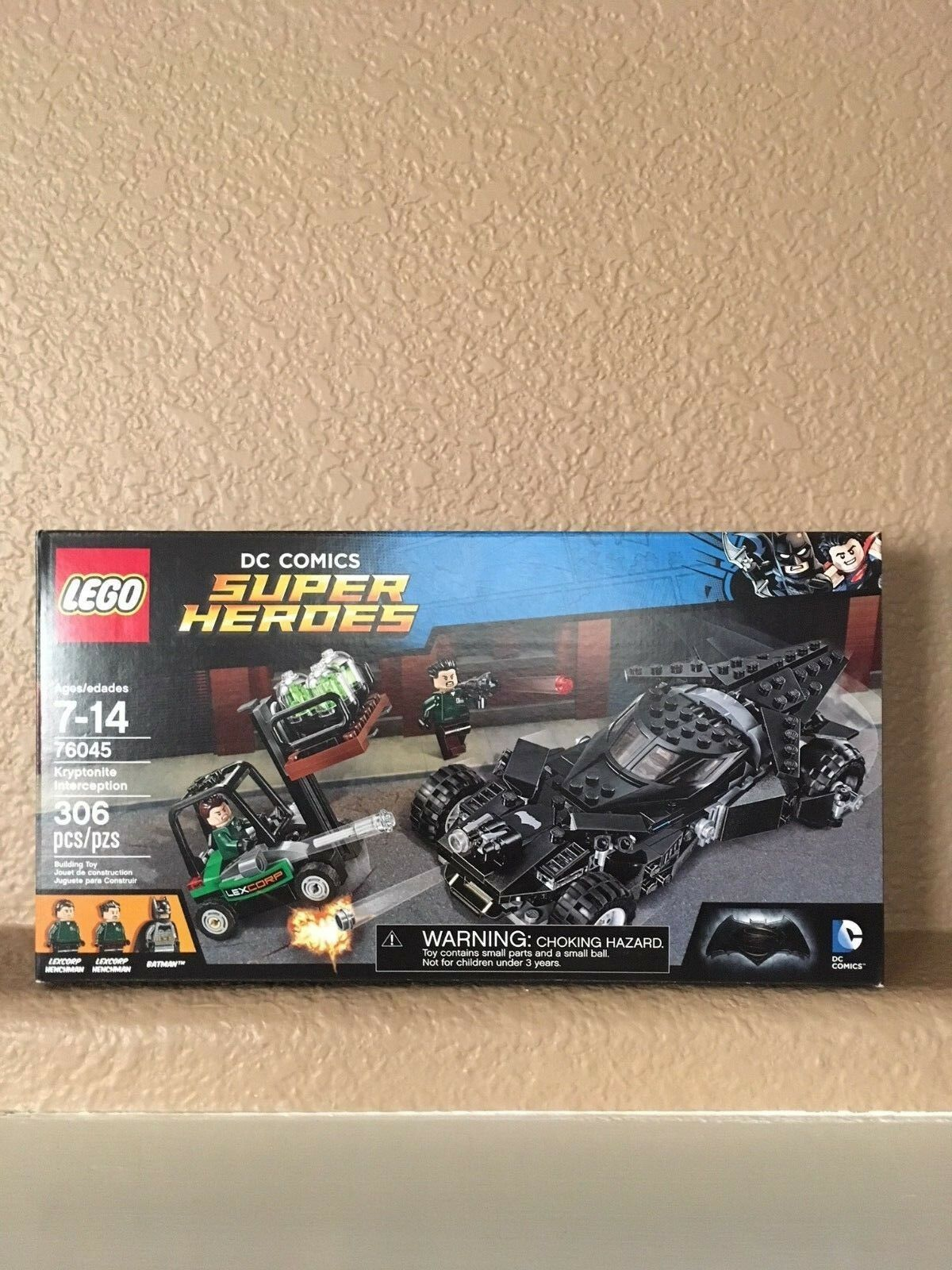 LEGO -NIB DC Super Heroes Kryptonite Interception