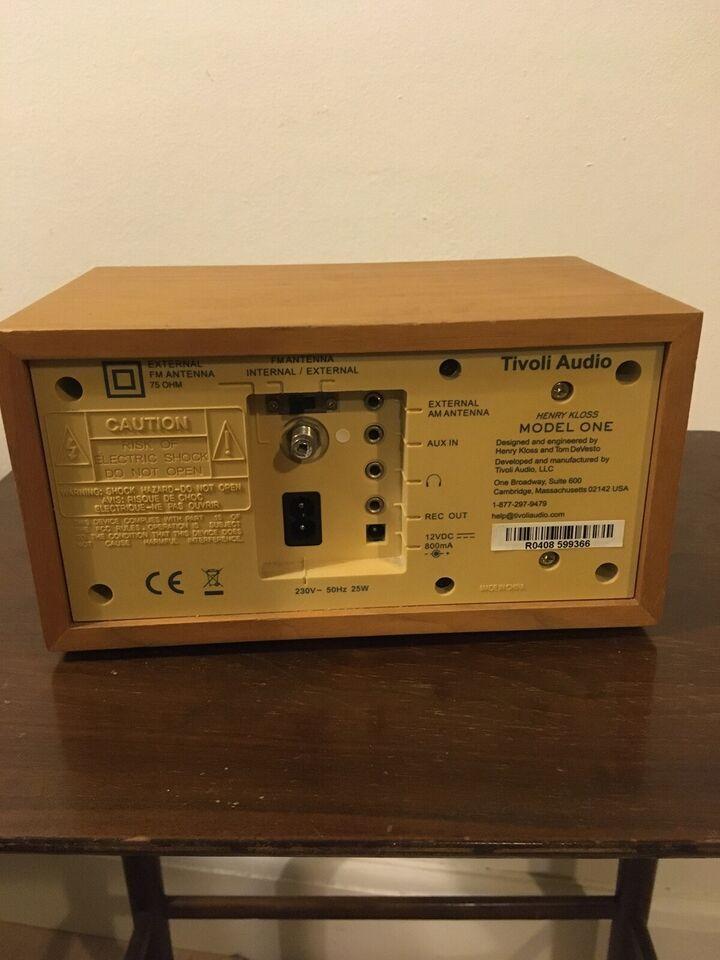 AM/FM radio, Tivoli, Model 1
