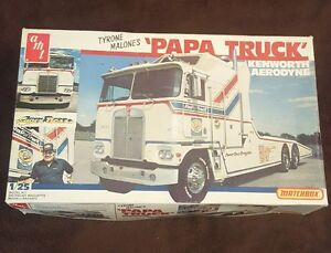 1/25 AMT Kenworth Aerodyne PaPa Truck Vintage Sealed Parts