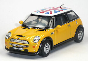 Modellbau Mini Cooper S Sammlermodell 1:28 Gelb Mit Britischer Flagge Von Kinsmart Ehrgeizig Neu