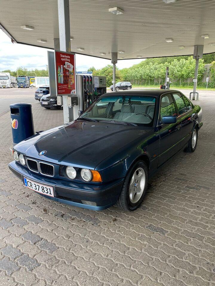 BMW 520i, 2,0 Executive Touring, Benzin