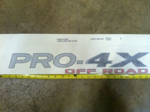 RIGHT SIDE ONLY NEW OEM 2009-2014 NISSAN FRONTIER PRO-4X OFF ROAD  DECALS