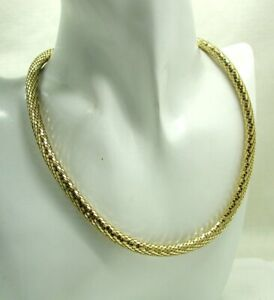 Lovely-Heavy-9-Carat-Gold-Unusual-Fancy-Design-Necklace