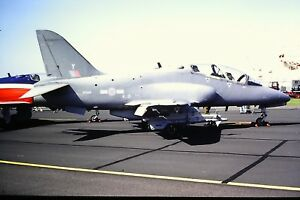 2-304-2-British-Aerospace-Hawk-T1A-Royal-Air-Force-XX345-SLIDE