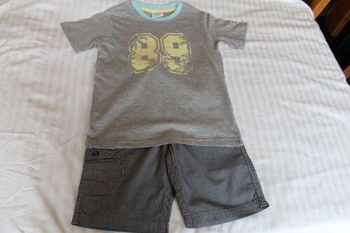 Ragazzi T-shirt E Pantaloncini Set (Pantaloncini EMMA BUNTON, Casual T Shirt) 6-7YRS