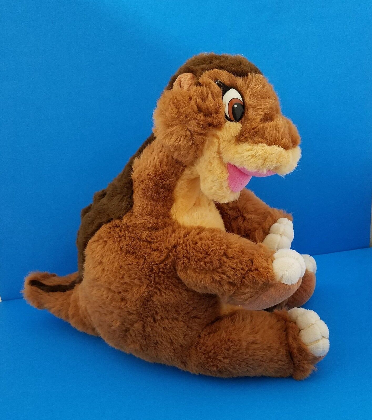 Vintage Gund Land Littlefoot Brontosaurus Dinosaur 17  Before Time marróns Peluche