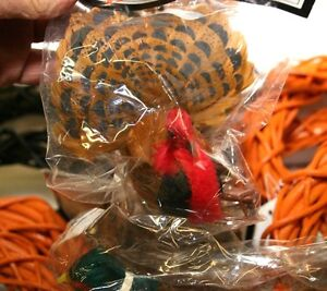 Grapevine-Wreaths-5-3-4-034-and-Featherered-Turkey-and-Pheasants-20-piece-craft-lot