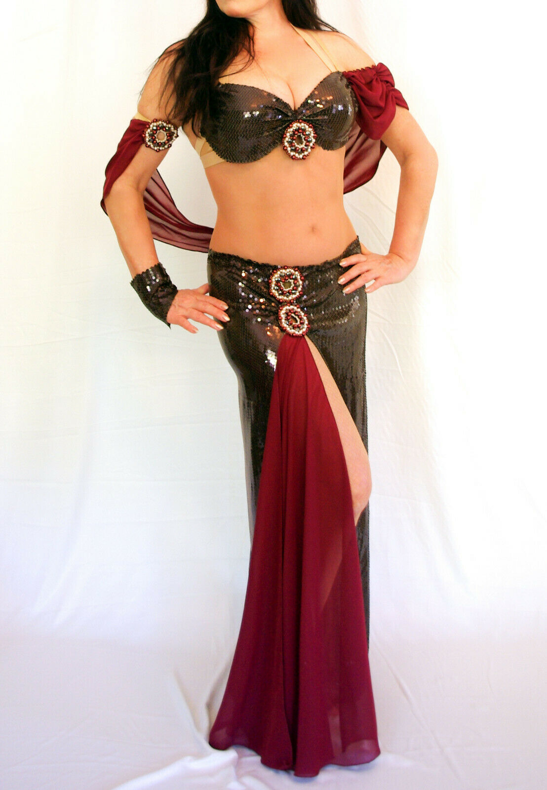 Professional Belly Dance Costume Designer Belly Dance Costume Unique Sequin Fabric Größe 36-38
