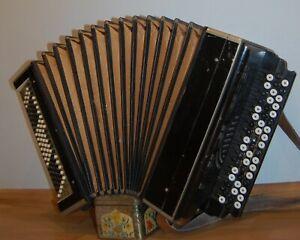 Harmonic Button Accordion 100 Bass Tula Russian Antique item USSR