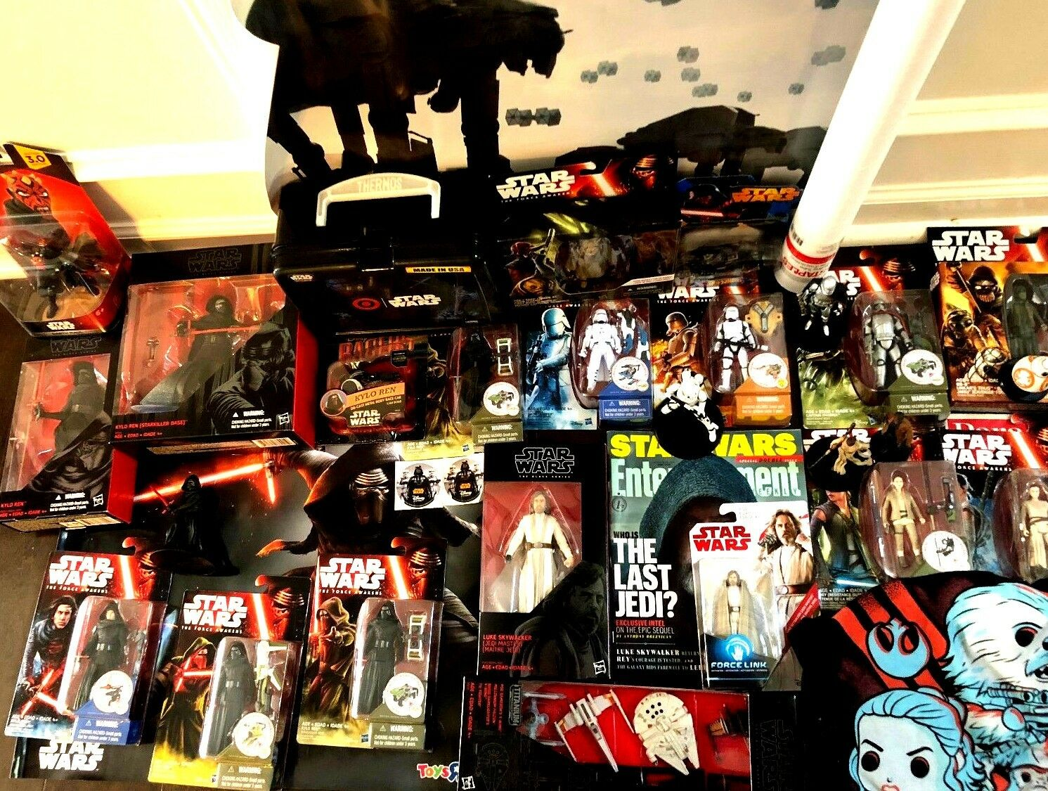HUGE Lot of Star Wars The Force Awakens and Last Jedi Figures Toys Shirt + MORE