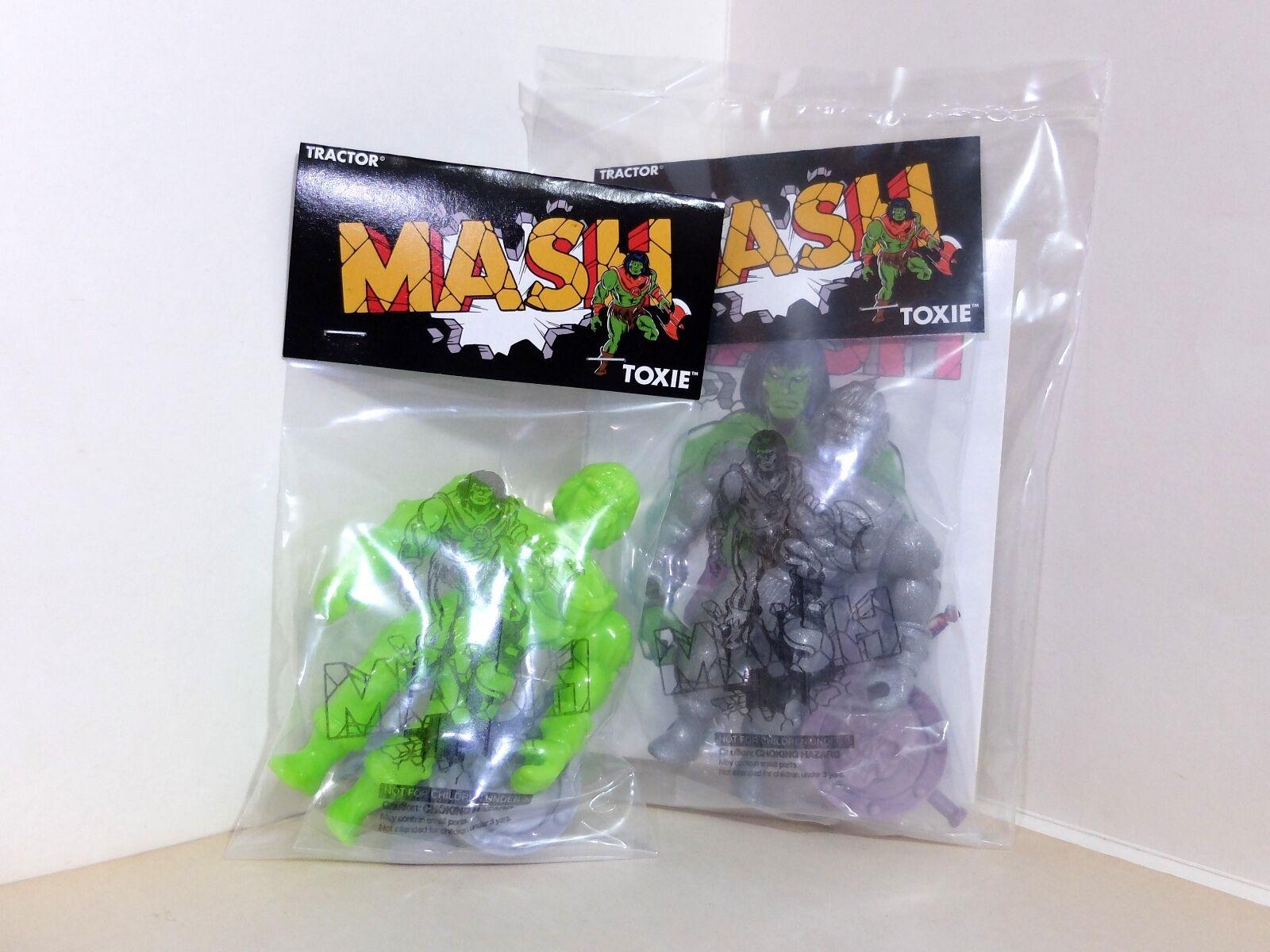 MASH TOXIE grön och GUNMETALIC med COMIC japan SOFUBI KAIJU