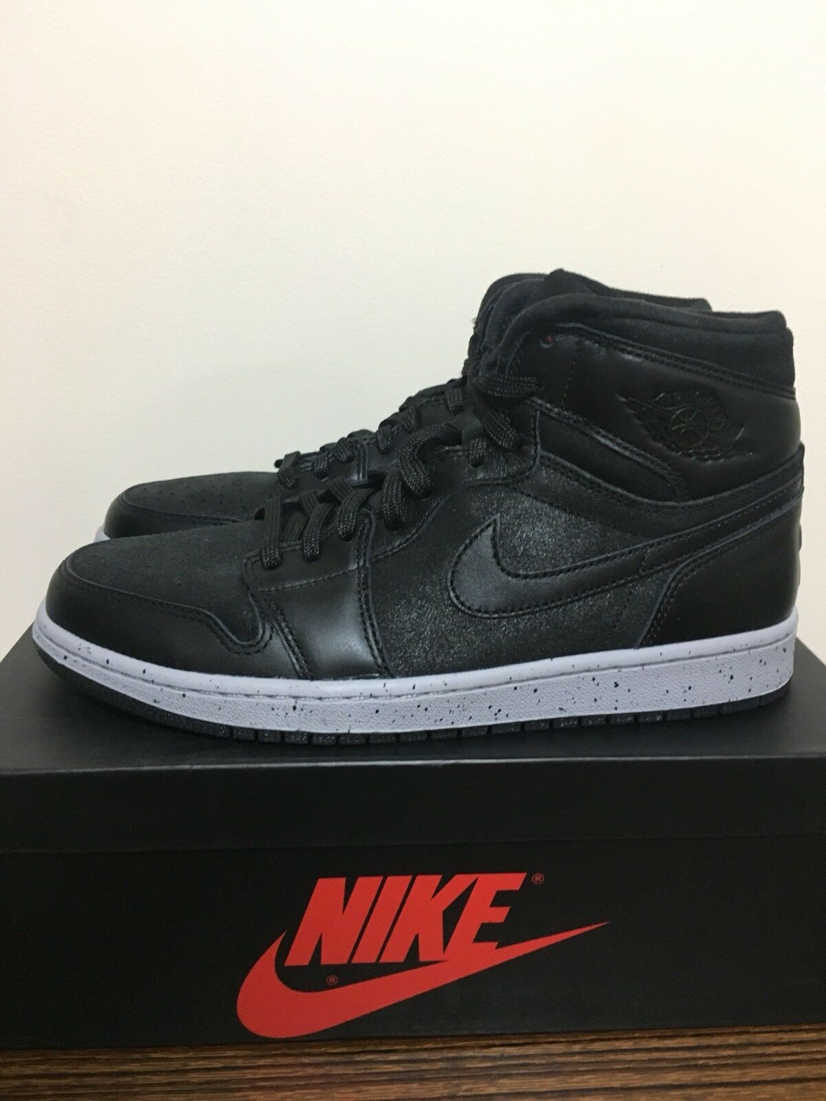 Nike Air Jordan Retro 1 I Hi OG Flight 23 NYC Sneakers New, Black Red 715060-002