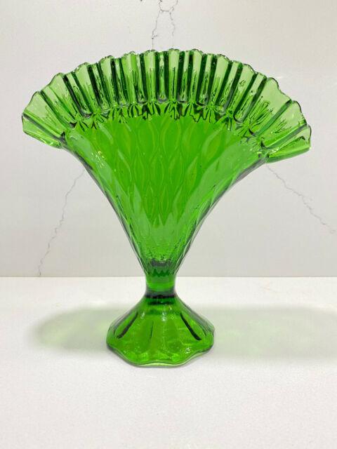 Vintage Art Glass Fan Vase Green Flower Vase 8