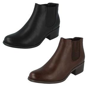 mejores zapatillas de deporte ae6a7 00f72 Detalles de Mujer Rebajas F50600 Sintético sin Cierres Tobillo Botas por  Down To Earth