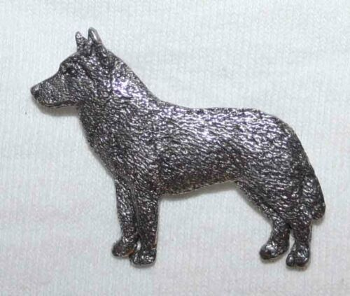 HUSKY Dog Harris Fine PEWTER PIN Jewelry Art USA Made
