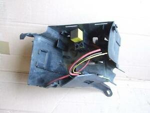 2002 renault clio mk2 1 2 16v petrol 3 door fuse box carrier ebay rh ebay co uk