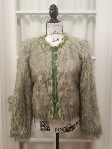 Forever 21 Boutique Faux Fur Coat Jacket Apple Gre