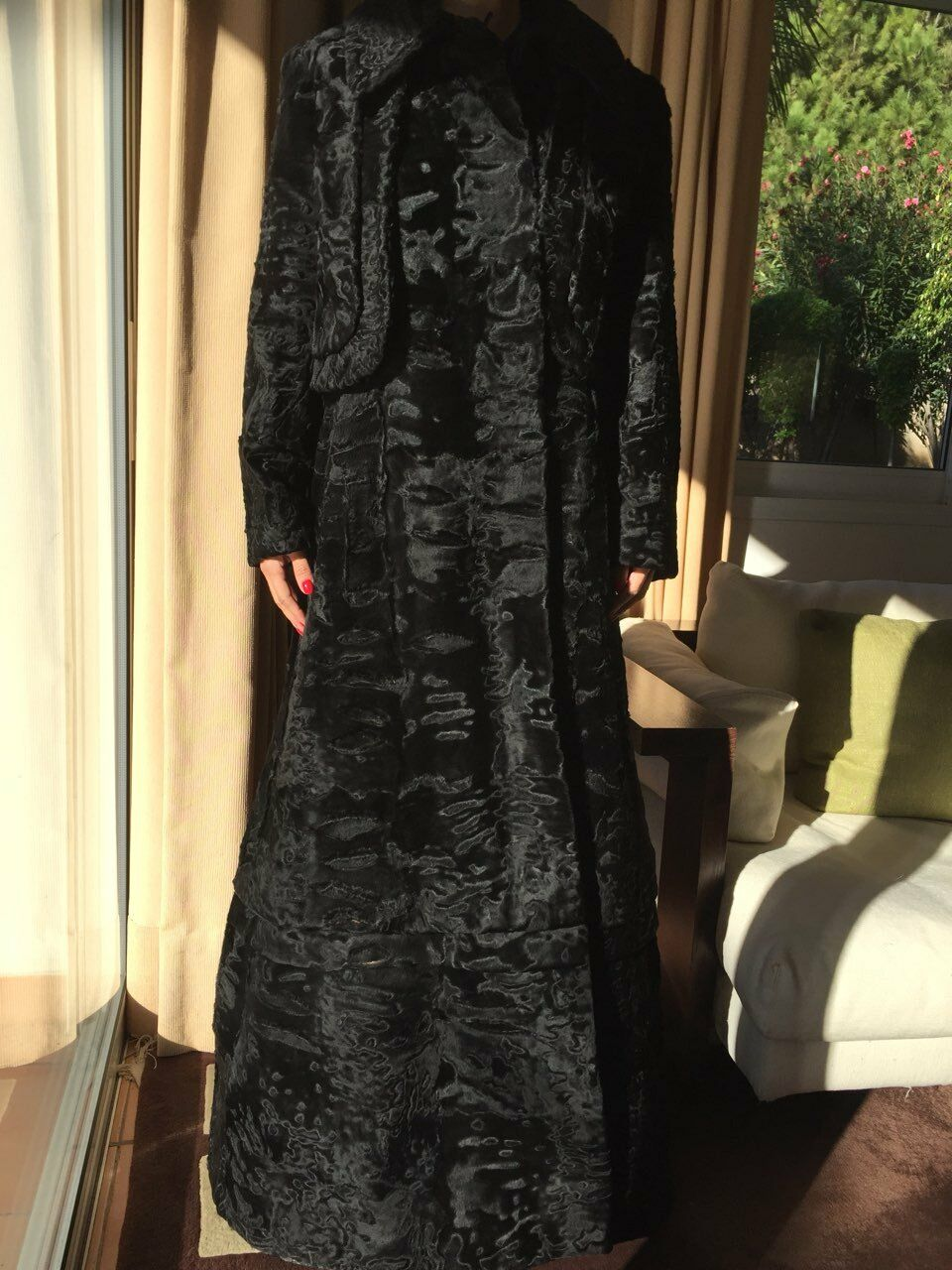 Hartnell designer coat/fur SZ SMALL MEDIUM - image 7